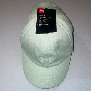 NWT Under Armour Women's Play Up Hat